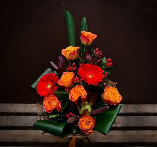 Нужно ли дарить мужчине цветы на юбилей — 1